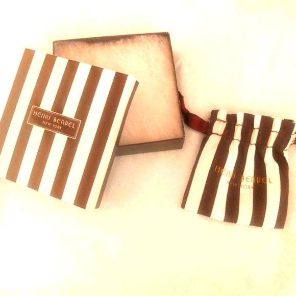 Henri bendel gift box and jewelry dust bag BN